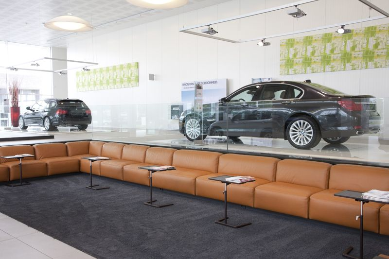 BMW showroom Daeninck - Retail - Réalisations